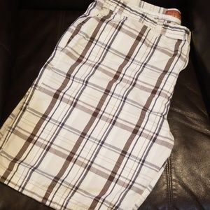 Perry Ellis Shorts cream, blue and brown